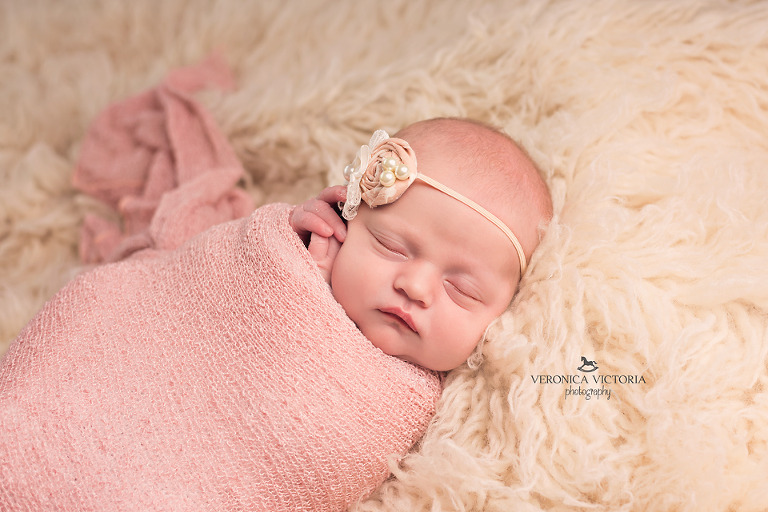 Puyallup newborn photographer tacoma newborn photographer graham newborn photographer bonney lake newborn photographer
